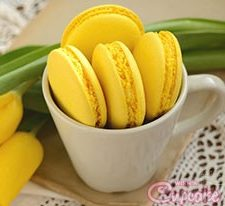 lemon-macaroons-yellow-macarons1