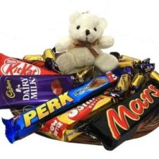 chocolates-with-teddy-bear_1