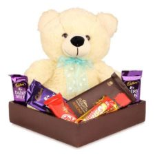tray-arrangement-of-teddy-bear-and-chocolates
