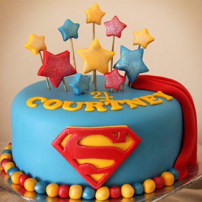 Superman Cake wish a cupcake