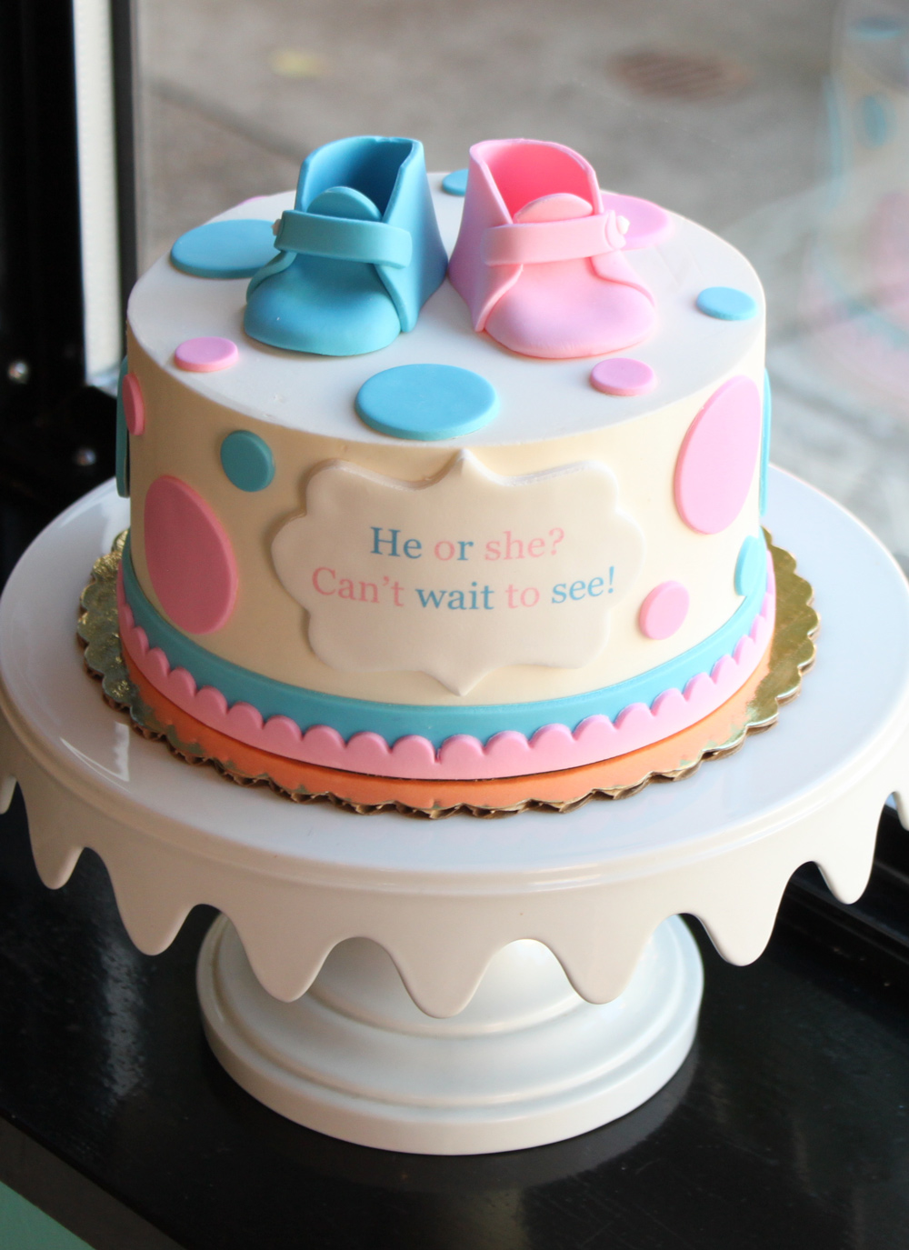 Pictures of babyshower cakes girl, princess peach stripping