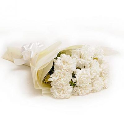 Chance-–-10-White-Carnations