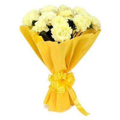 Summer-Breeze-–-12-Yellow-Carnations